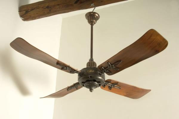 C g e vs 135 4 fantique for Ikea ventilatori da soffitto